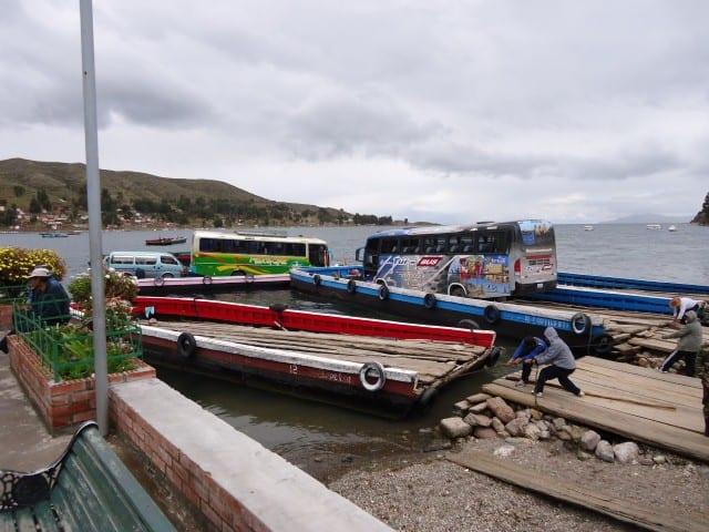 barge lod titicaca